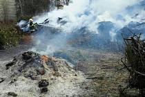 Požár klestí ve Slatiňanech, 24.2.2020