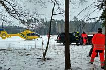 Záchranáři měli problém se dostat na místo, zraněný byl v nepřístupném terénu