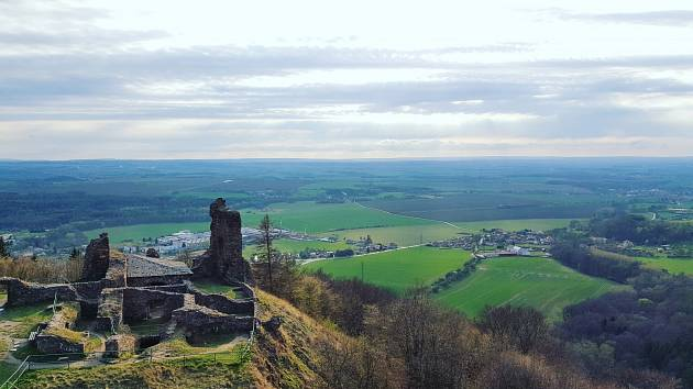 Z Lichnice se naskýtá zejména pohled do centrální části Čech.