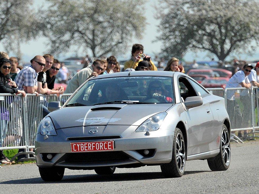 V Hrochově Týnci si dali sraz milovníci tuningových aut.