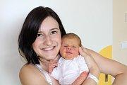 EMMA VÍŠKOVÁ (3,33 kg a 50 cm) je od 26.6. od 15:34 prvorozenou dcerou Tomáše a Markéty Víškových zPardubic.