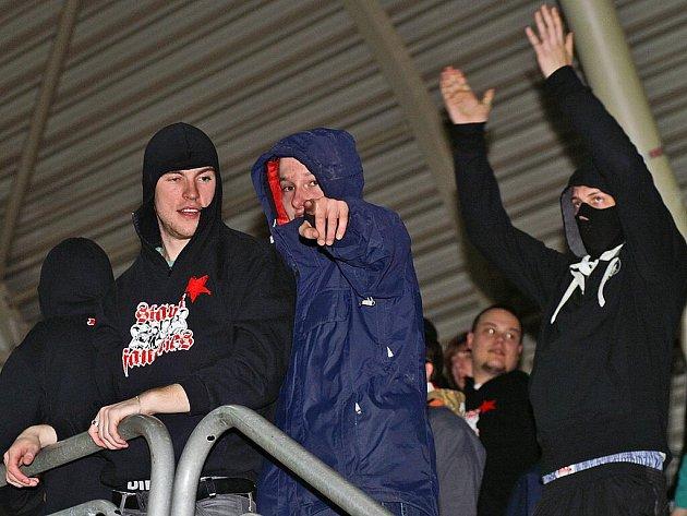 fanoušci, baník, výtržnosti, hooligans, ultras, fotbal