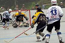 Z finálové série play off první ligy Ježci Heřmanův Městec - SK Ďáblové Praha.