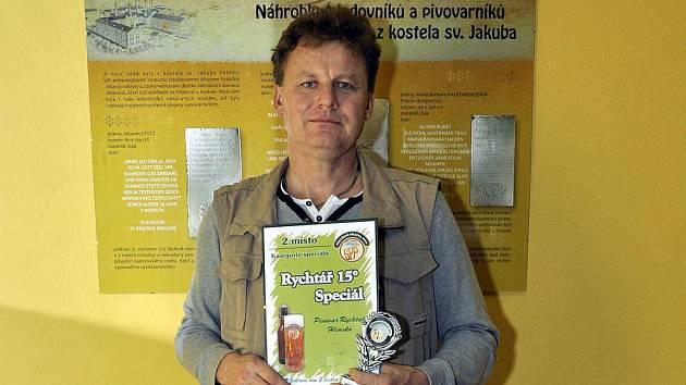 Sládek Milan Morávek s oceněním.