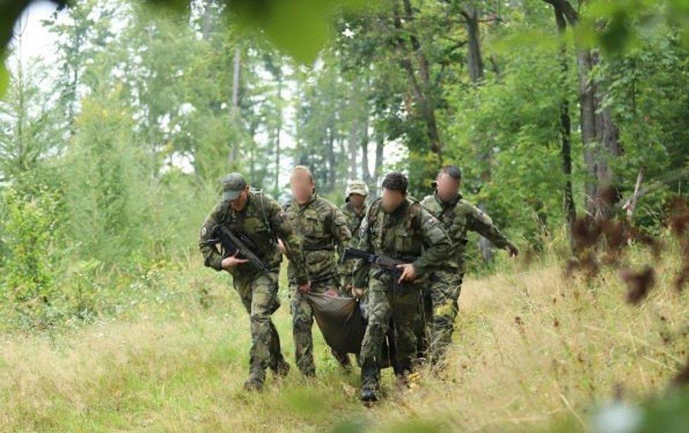 Pot šetří krev. Chrudimští vojáci bojují v Prostějově a vedou si dobře.