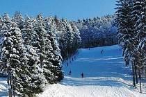 Hlinsko přeje lyžařům.