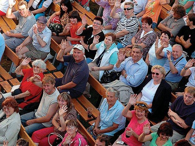 Košumberské léto 2008 zakončily oslavy Dne města Luže.