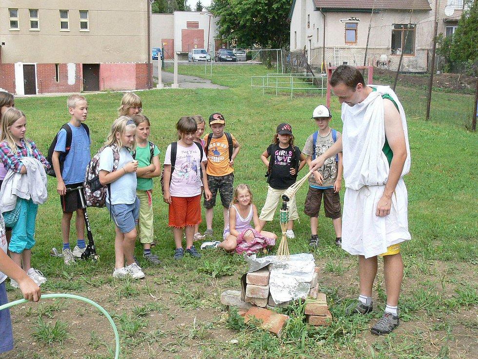Letní příměstský tábor pro děti ve věku 7-11 let pořádá Regionální muzeum v Chrudimi.