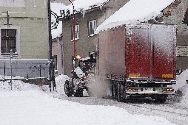 """V Hlinsku si v těchto dnech užívají opravdovou """"Ladovu"""" zimu."""