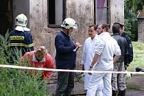 Požár domu pro sociálně nepřizpůsobivé občany v Malecké ulici si vyžádal život dvouletého chlapce.