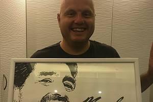 Jaroslav Veselý s obrazem.