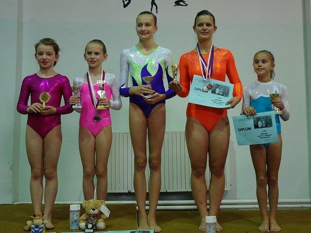 Chrudimské sportovní gymnastky  na 11. ročníku Memoriálu Blanky a Verunky Horákových v Pardubicích.
