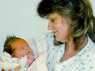 Veronika Tesařová z Platenic, rodiče měli z dceřiny míry 50 centimetrů a váhy 3,44 kilogramu velkou radost.