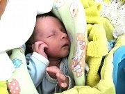 Natanael Mazúr se narodil 16.5. v pardubické nemocnici hrdým rodičům Monice a Filipovi.