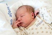 LUBOŠ JUKL (4,69 kg a 53 cm) je od 29. 9. od 13:12 jméno prvního miminka Kláry a Luboše z Pardubic.