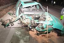 Osmnáctiletý mladík havaroval v ulici Na Ostrově v Chrudimi.