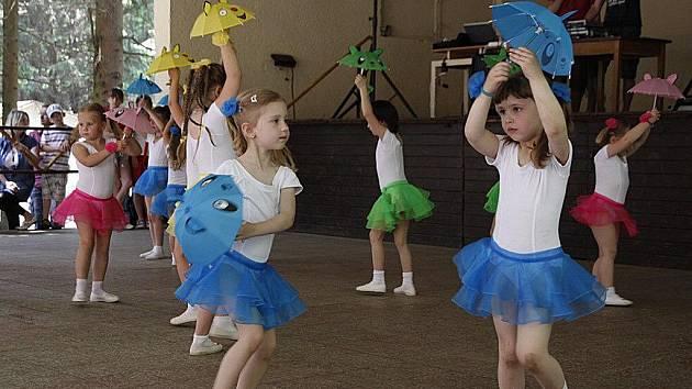 Na Cihelce v hlineckém Blatně se konal tradiční Dětský den.