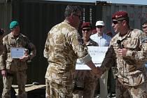 Starosta Chrudimi Petr Řezníček při návštěvě Afghanistánu.