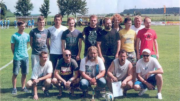 Rezervní tým Luže se letos v červnu mohl radovat z postupu.