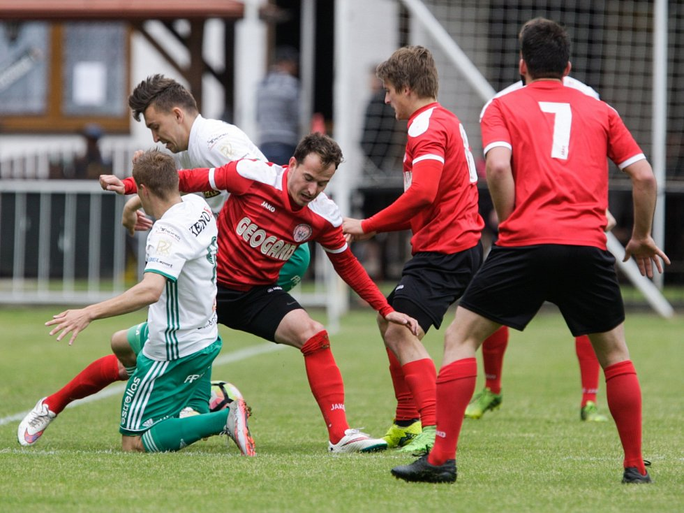 Česká fotbalová liga: MFK Chrudim - FC Olympia Hradec Králové.