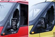 Dvě auta o sebe ťukla zrcátky při kuriózní nehodě u Tří Bubnů (Chrudimsko).