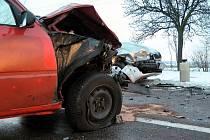 Několik lidí bylo zraněno při nehodě mezi Kočím a Hrochovým Týncem v pondělí 3. ledna 2011.