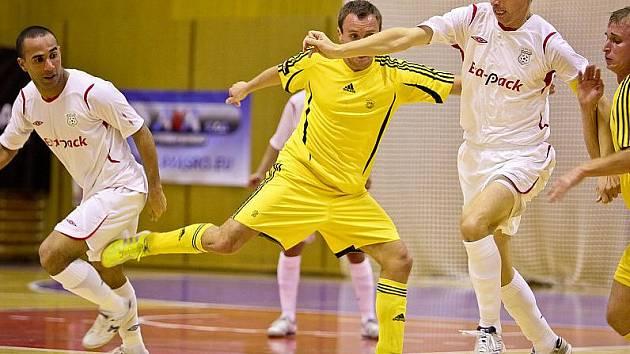 Futsalisté Era-Packu zdolali Nejzbach Vysoké Mýto 7:1.