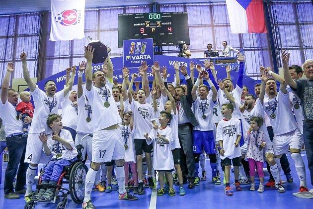 Mistrovský tým FK ERA-PACK Chrudim.