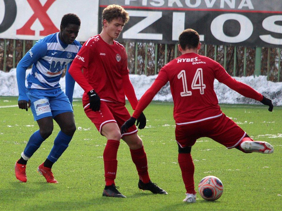 Zimní fotbalová Tipsport liga: MFK Chrudim - FK Ústí nad Labem.