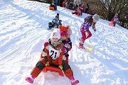 Školka žila olympiádou, děti dováděly na sněhu.