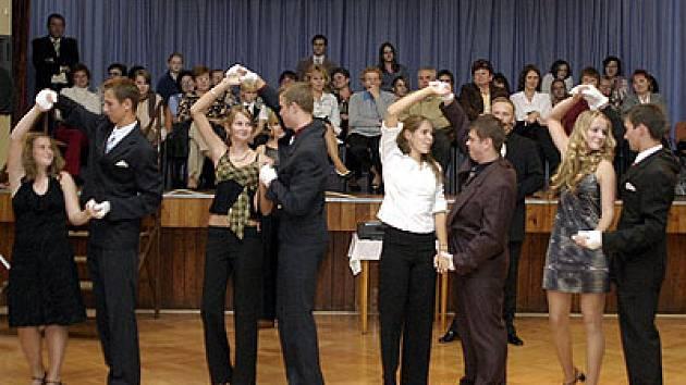 Taneční ve Slatiňanech.