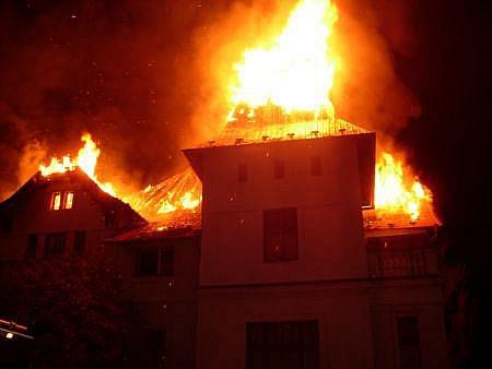 Hasiči byli přivoláni k požáru ubytovny v chrudimské místní části Presy.