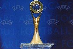 Trofej pro vítěze UEFA FUTSAL Cupu.