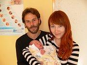 STELLA DLASKOVÁ (2,85 kg a 49 cm) – toto jméno vybrali 30.10. v 18:20 pro svou prvorozenou dceru Kristýna a Antonín ze Skutče.