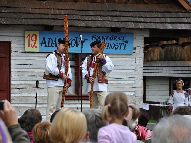 Z 19. ročníku Adámkových folklorních slavností v Hlinsku.