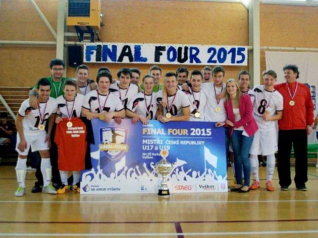 Futsalisté Era-Packu Chrudim kategorie U17 jsou od soboty mistry České republiky!