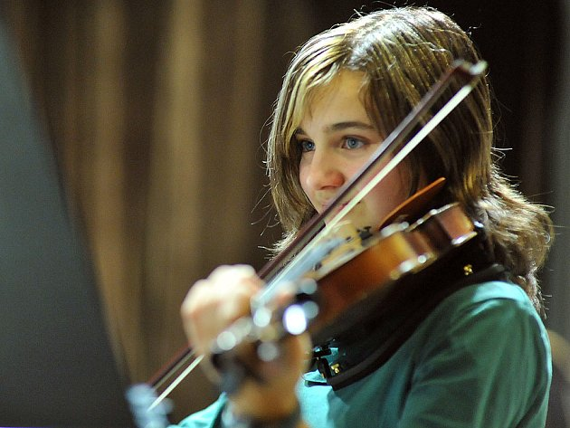 Žáci slatiňanské ZUŠky během Pololetního koncertu předvedli, že uplynulý půl rok rozhodně nezaháleli.