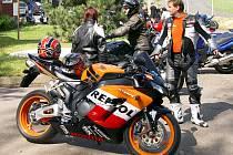 Konopáč patří tento víkend srazu motorkářů