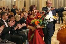 Operní pěvkyně Dagmar Pecková vystoupila v doprovodu Komorní filharmonie Pardubice v Chrudimi.