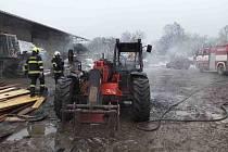 Závada na elektroinstalaci zavinila požár za 150 tisíc