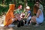 Děti si sobotní program užily, bavil je Pohádkový les.