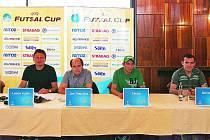 Tiskové konferenci se zúčastnili  prezident klubu František Tichý, ředitel turnaje  Luboš Kubík, tiskový mluvčí Era–Packu Jan Slepička, hrající trenér mistrovského týmu Brazilec Cacau a jeho krajan Dentinho, čerstvá posila týmu.