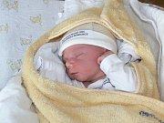 ŠTĚPÁN STODOLA (3,42 kg a 50 cm) je od 2.11. od 17:38 jméno prvního miminka Tomáše a Kateřiny ze Starých Čivic.