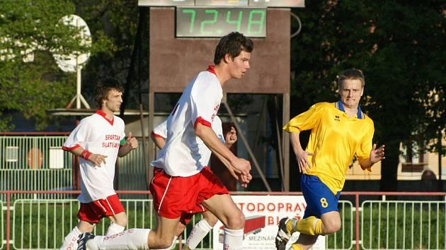 Z fotbalového utkání I.B třídy Slatiňany - AFK Chrudim B.