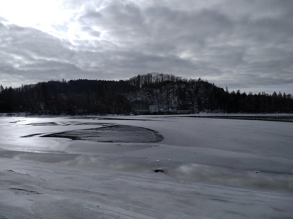 Sečská přehrada a její okolí.