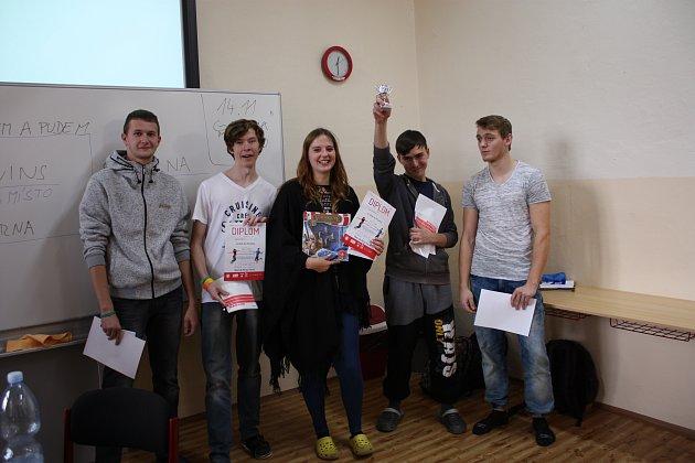 Vítězný tým SO_URNA (SOŠ a SOU obchodu a služeb Chrudim)