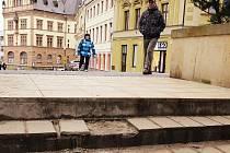 Schodiště představuje oblíbenou a velmi používanou spojnici dvou důležitých chrudimských ulic.