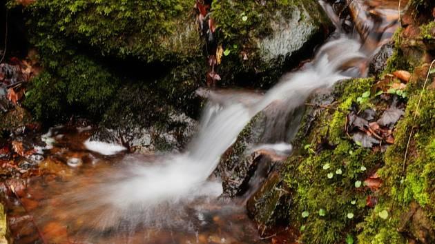 Strádovské Peklo a Krkanka přinášejí pohled na čistou přírodu