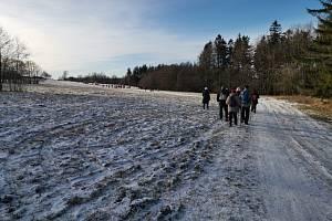 Stezka je přístupná celoročně. K prameni Chrudimky vyráží turisté tradičně 30. prosince.