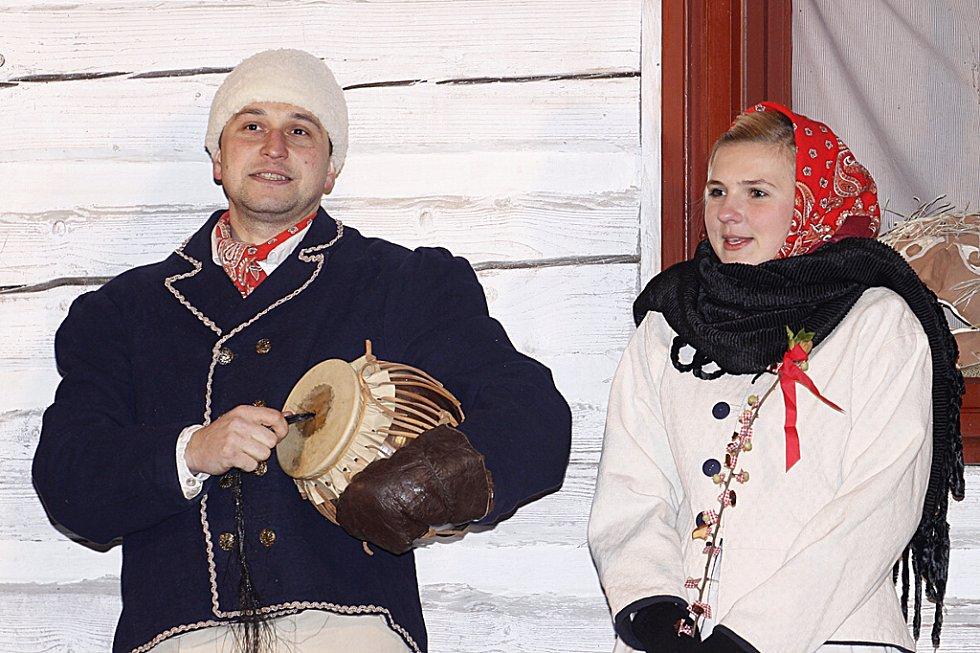 V Hlinsku spustili ohňostroj až na Nový rok večer.